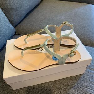 Brand new with tag mint Calvin Klein sandals 6 1/2